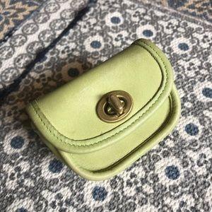 Coach City Key Fob rare vtg lime leather pouch